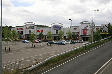 Hedge End, retail park IN Hedge End, Hampshire © Peter Facey